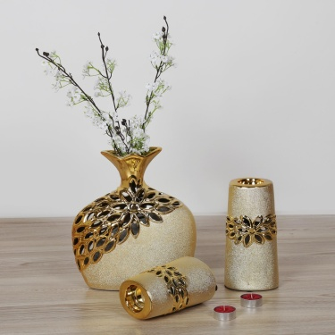 Fantasy Vase With 2 T-Light Holders