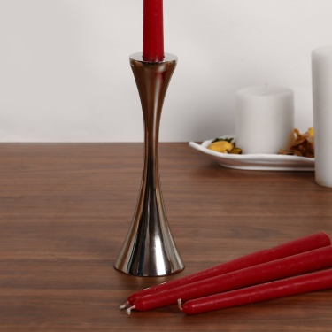 Splendid Curved Taper Candle Holder
