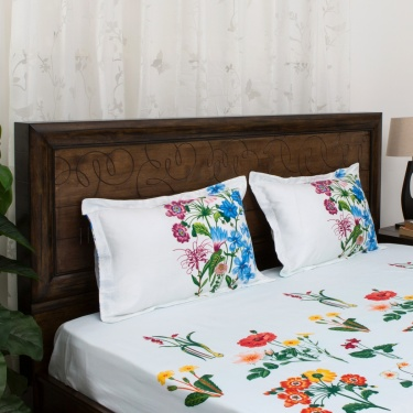 PORTICO BOTANICAL Floral Printed 3-Pc. Super King Size Bedsheet Set - 274 x 274 cm