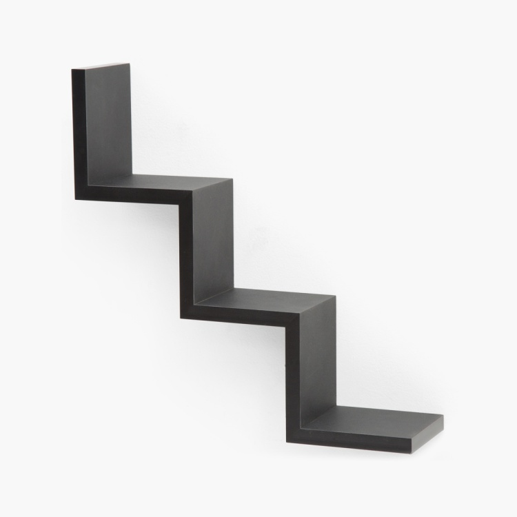 W Shaped Solid Step Shelf