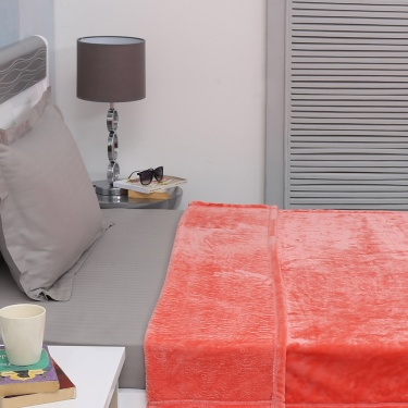 Colour Connect Luxur Single Bed Blanket - 150 X 200 cm
