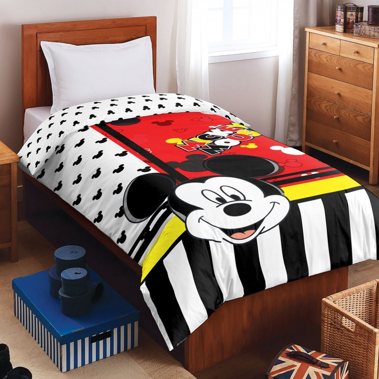 SPACES Mickey Mouse Print Single Bed Quilt Blanket  150 x 220 cm