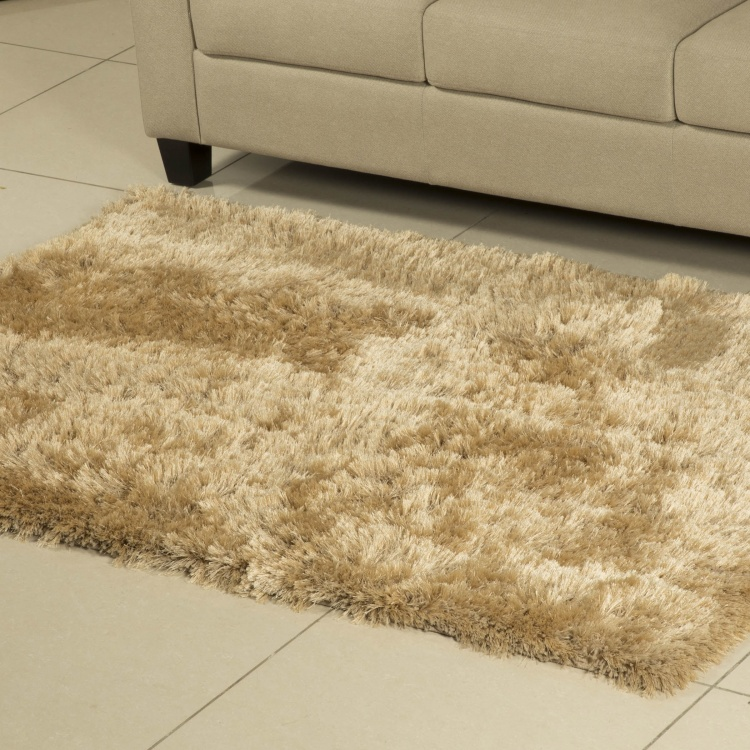 Eyelash Solid Shaggy Tufted Carpet