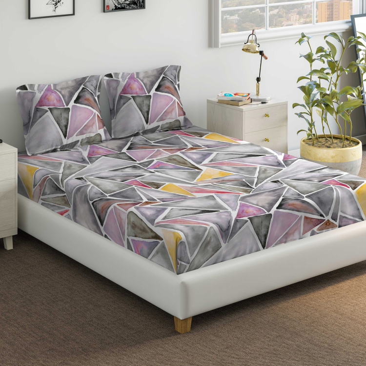 D'DECOR Vista Geometric Print 3-Piece Bedsheet Set - 274 x 229 cm