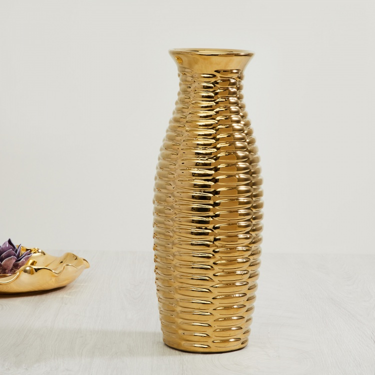 Splendid Embossed Vase