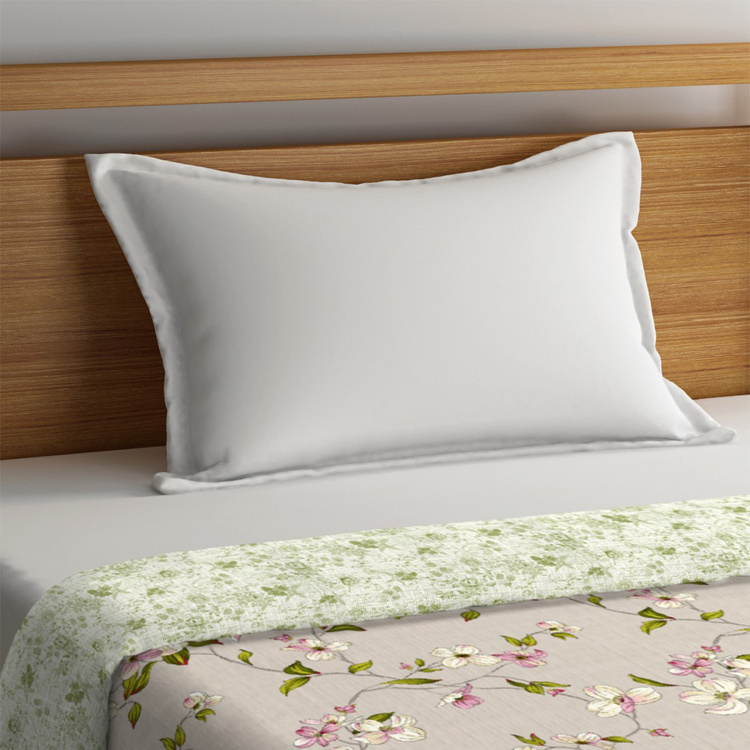PORTICO NEW YORK Liva Bloom Solid Single Comforter - 152 x 229 cm