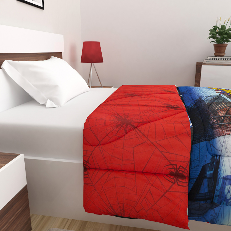 Marvel Spiderman Print Single-Bed Quilted Blanket - 135 x 225 cm