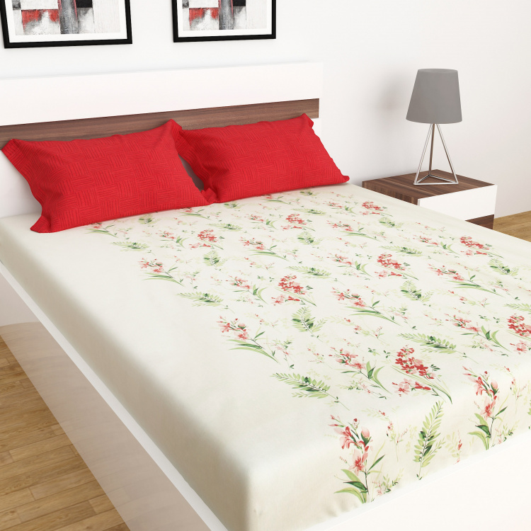 Carnival Printed Cotton Double Bedsheet-Set Of 3 Pcs.