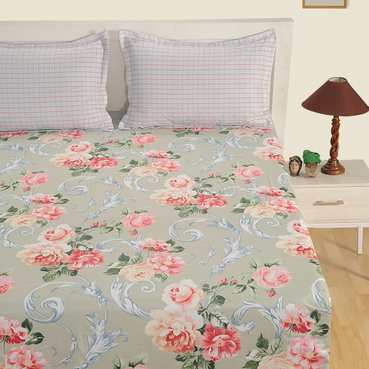 SWAYAM Floral Cotton Double Bedsheet-Set Of 3 Pcs.