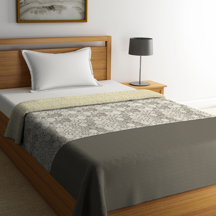 PORTICO NEW YORK Mosaics Single Bed Comforter - 152 x 224 cm