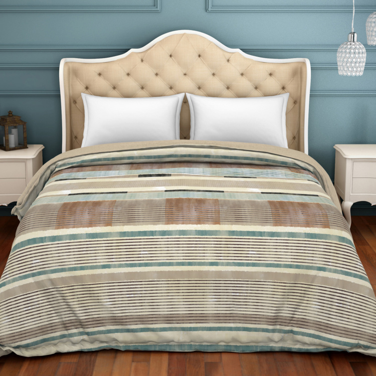 SPACES Geostance Striped Double Comforter - 224 x 270 cm
