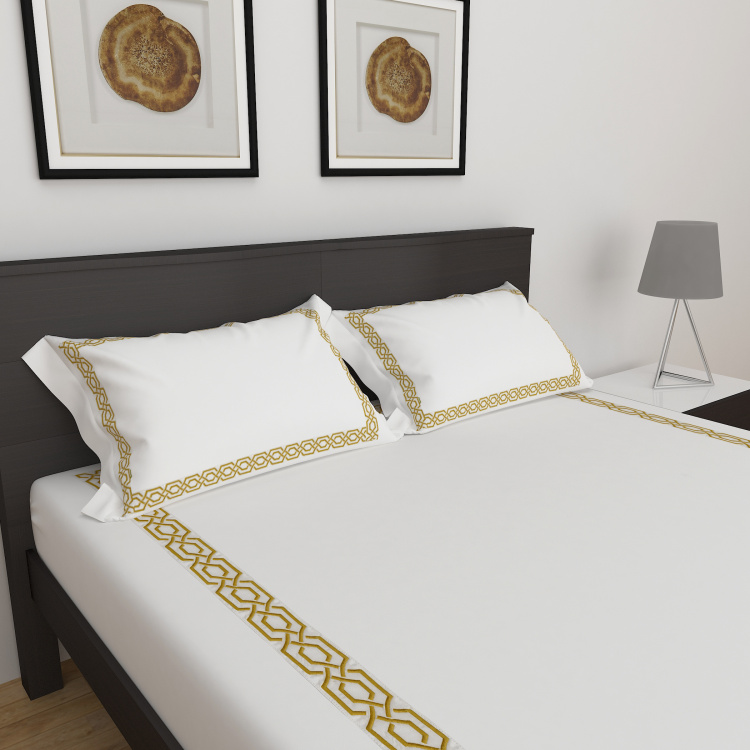 Classic Embroidered 3-Pc. Double Bedsheet Set- 274 x 274 cm