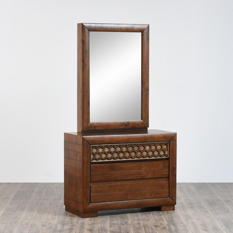 Heritage Dresser With Sliding Mirror