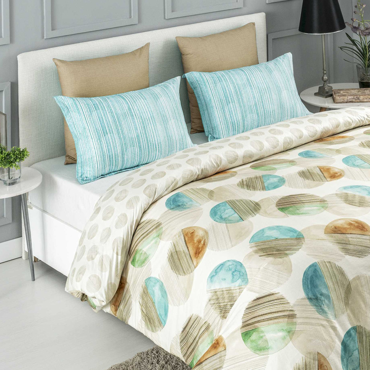 D'DECOR Stain Repellent 3-Piece King-Size Bedsheet Set - 228 x 276 cm