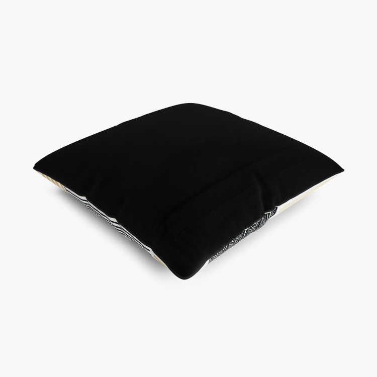 Mandarin Macbeth Embroidered Cushion Cover - 40 x 40 cm