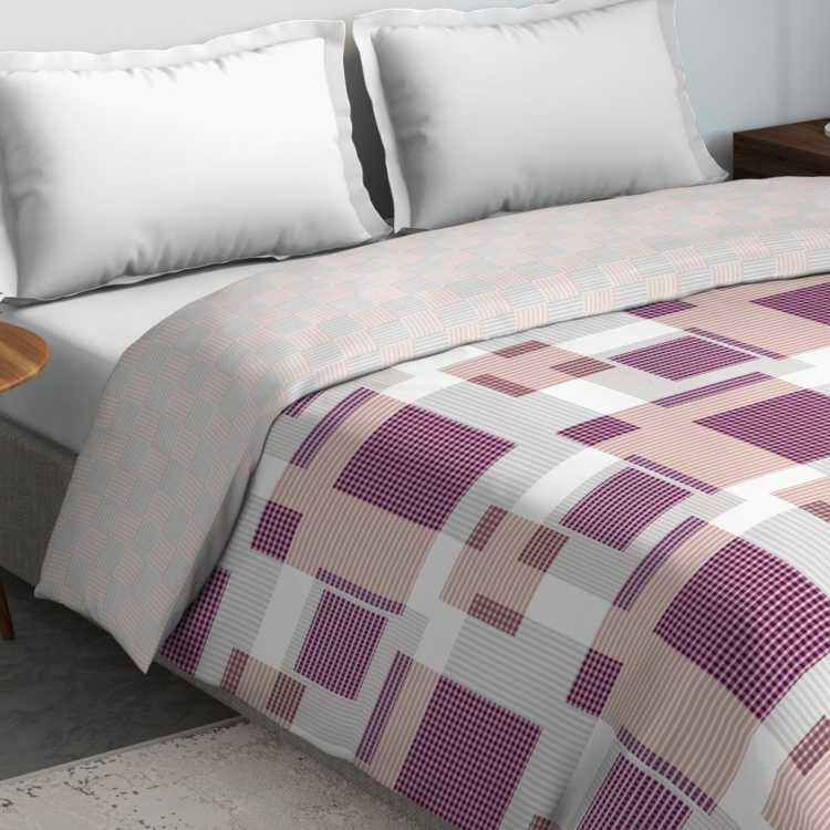 D'DECOR Primary Geometric Print Double Comforter - 229 x 274 cm