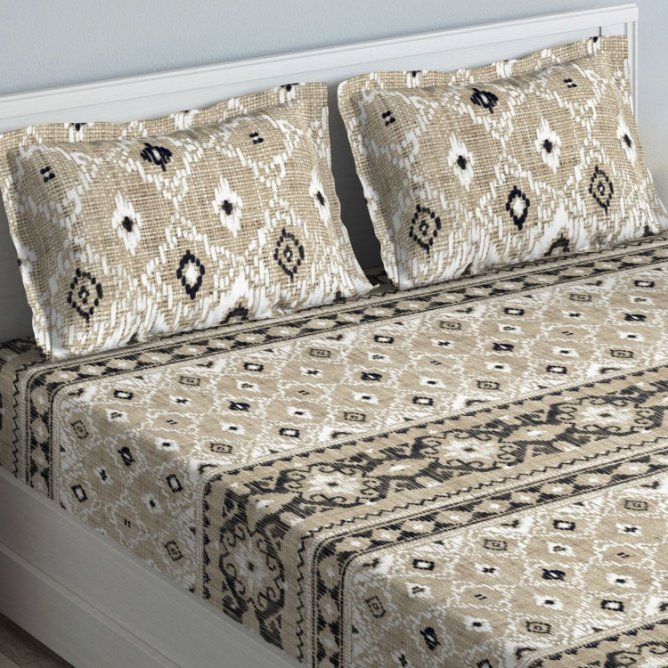 D'DECOR Linara Ethnic Print 3-Piece Bedsheet Set - 274 x 274 cm