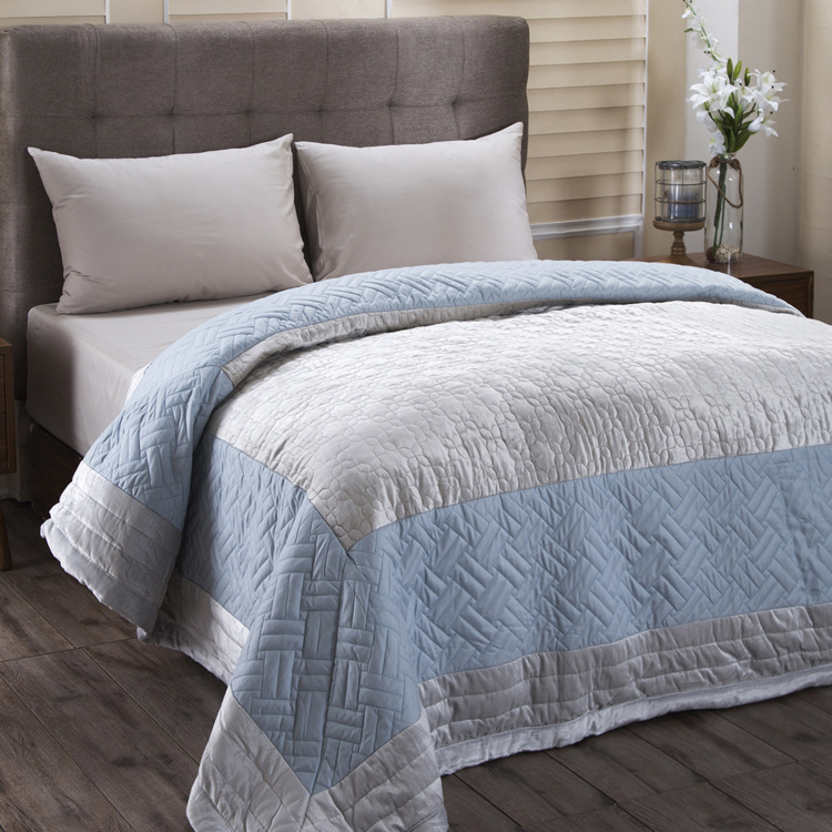 MASPAR Fretwork Zellige Textured Double Bed Quilt - 228 x 265 cm